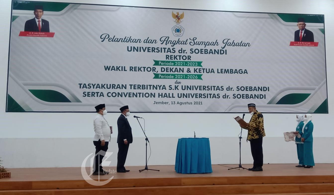 foto: Pelantikan dan Angkat Sumpah Jabatan Rektor dan Wakil Rektor Universitas dr. Soebandi